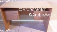 Aruba I am offer a desk