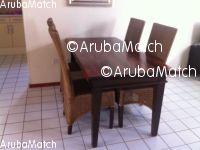 Aruba Eettafel hard hout met 4 stoelen